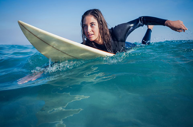 Finding Out How To Delight In The Swells With Surfing Lessons